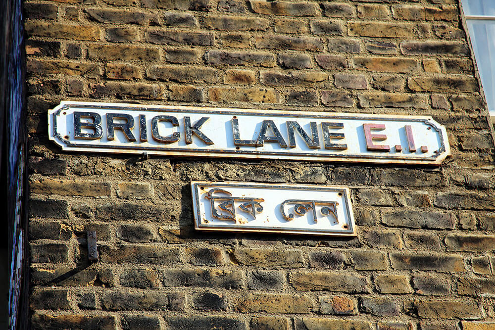 brick-lane-street-sign-on-wall-(1)