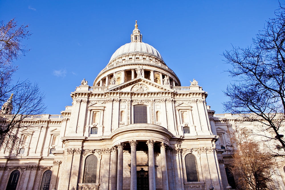 external-view-of-St-Pauls-Cathedral-011