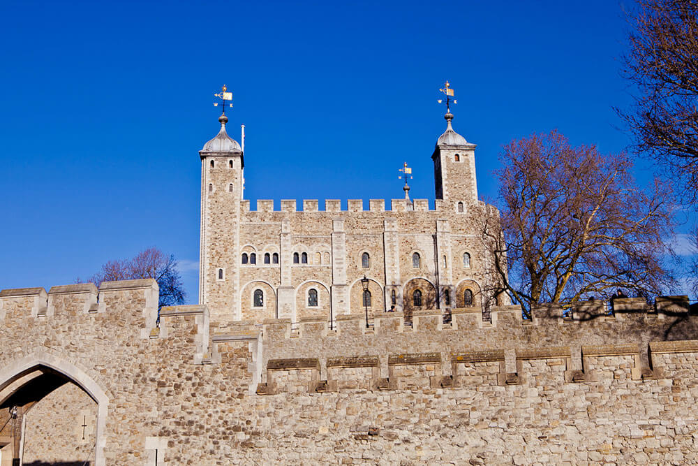 sights-at-tower-of-london-(15)